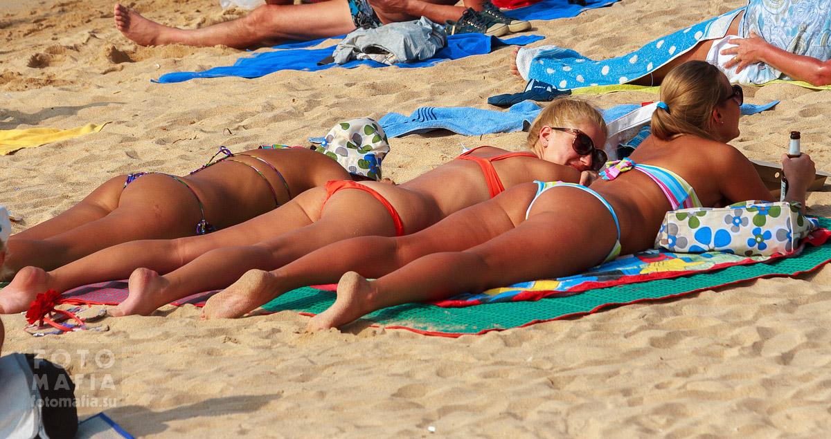 Aussie women posing nude
