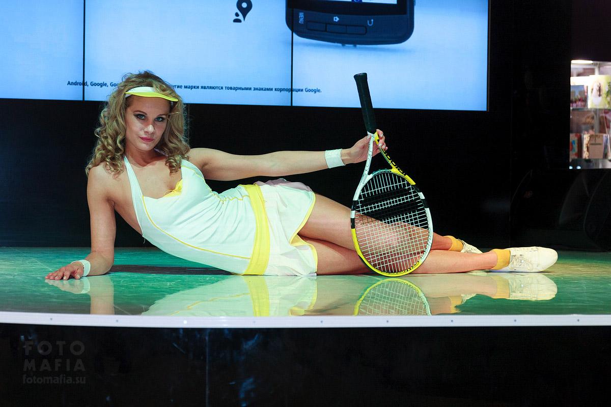 Теннисистка Nikon на Фотофоруме 2013