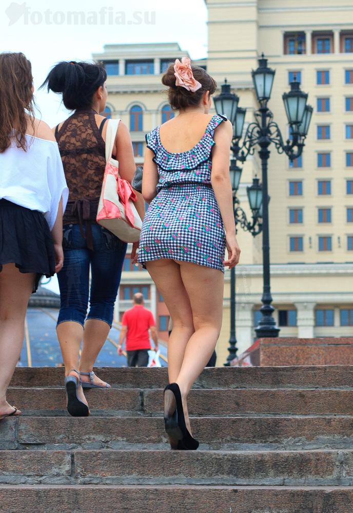 Фото девушек в коротких платьях на улицах
