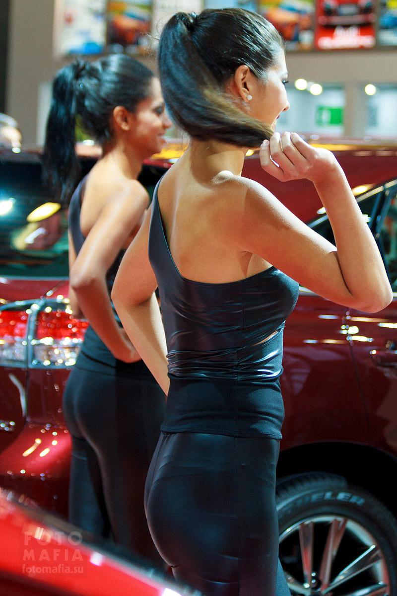 Девушки Lexus на ММАС 2014