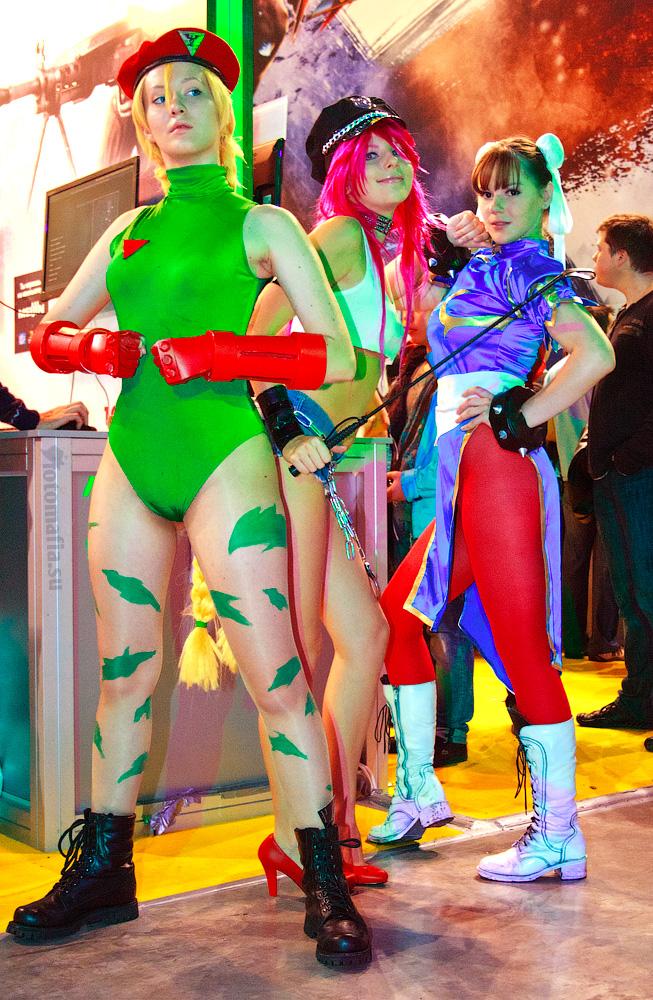 Игромир 2011 - девушки Capcom
