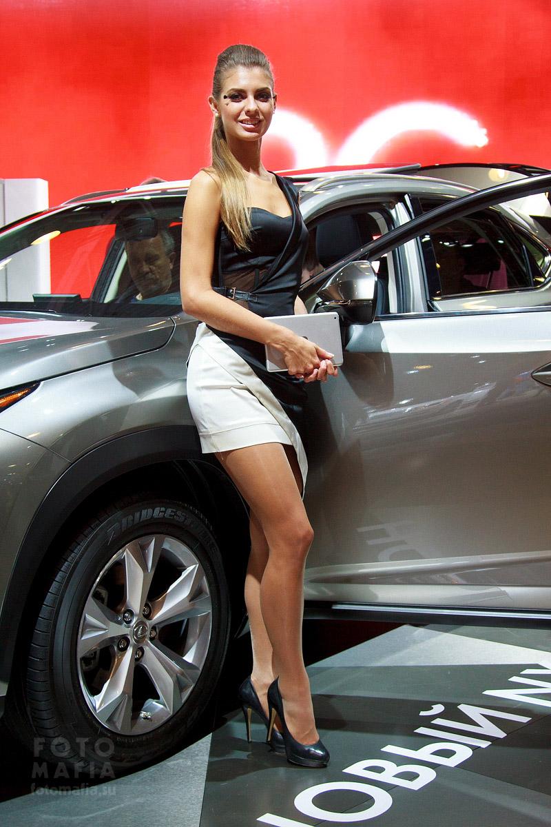 Девушка Московского Международного Автомобильного Салона 2014