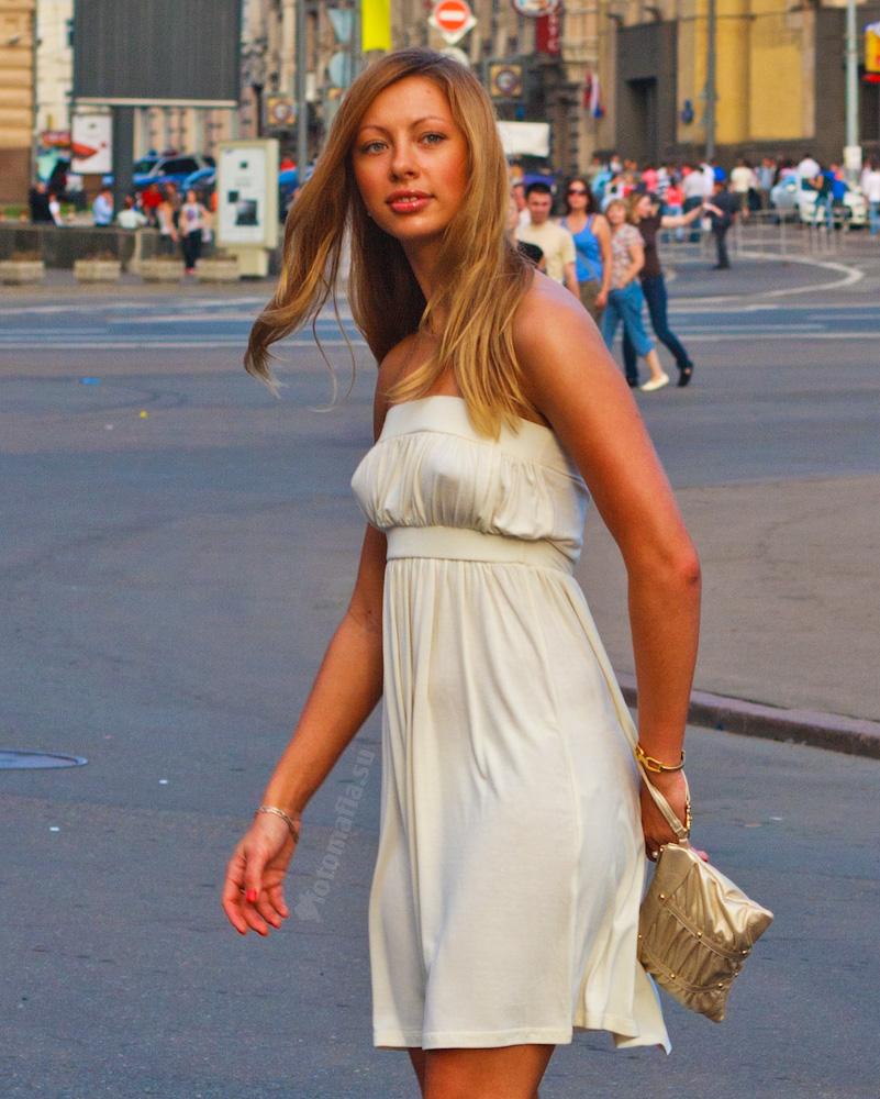 Фото красивые попки в прозрачном платье 30 фотография