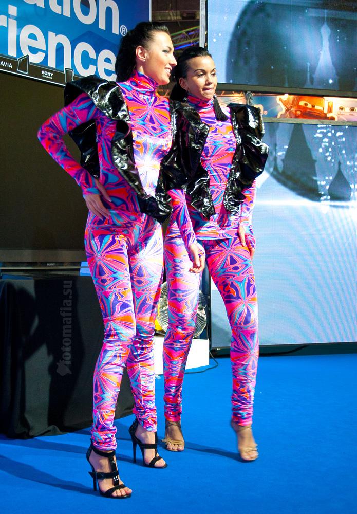 Go-go девушки playstation, Игромир 2011