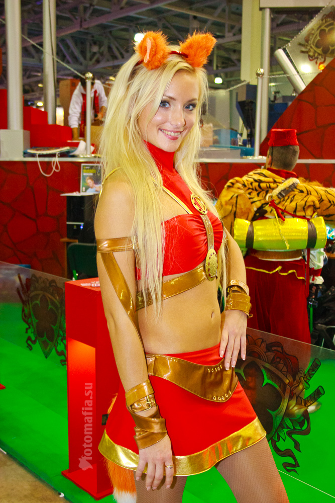 Девушка Игромира 2011