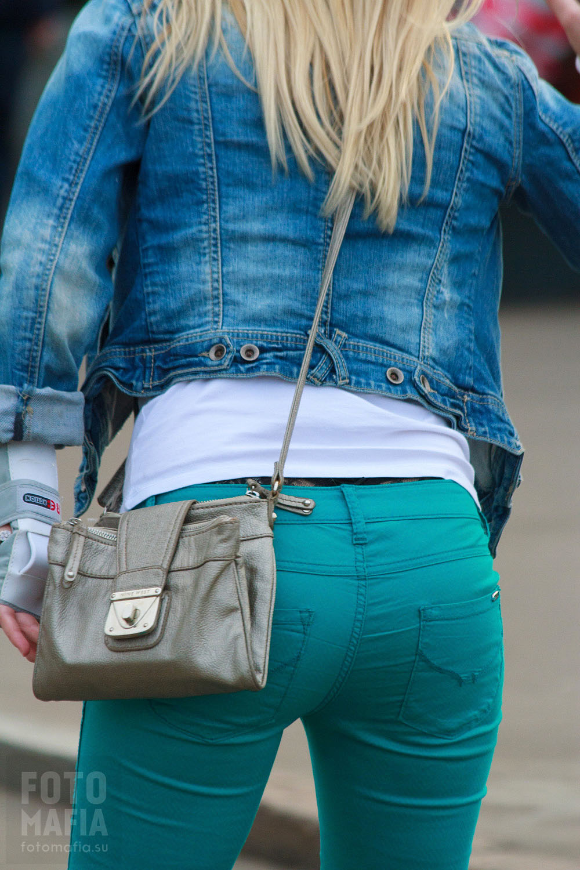 Частное в джинсах