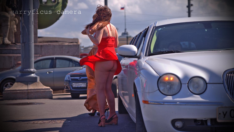 Русскую девушку на улице в попу 3 фотография