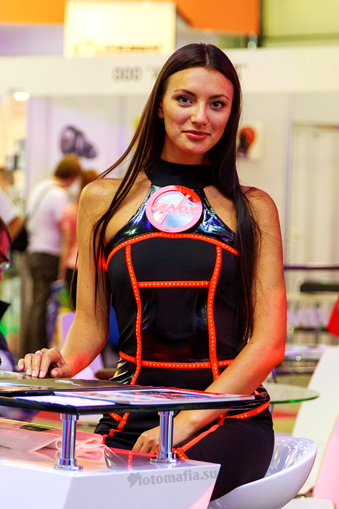 Интеравто 2012 - девушки Fenox
