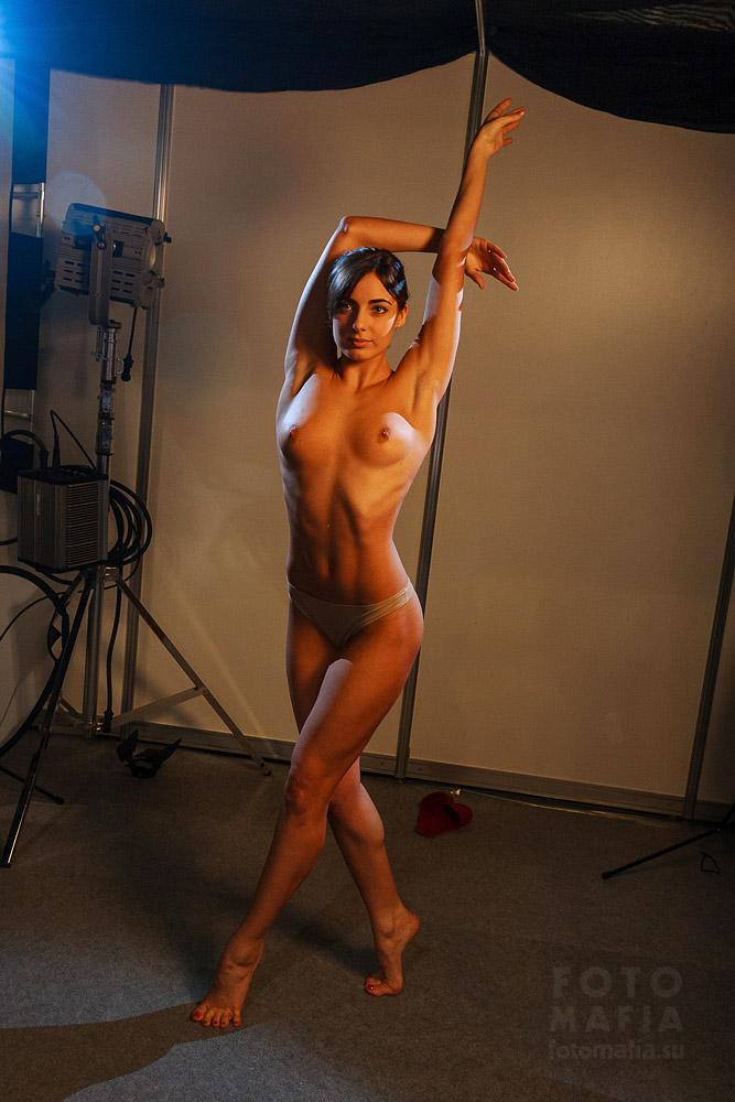 Фотофорум 2013 - съёмка девушки в стиле ню