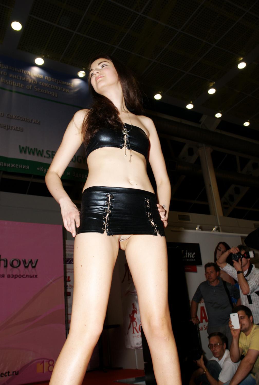 Показ эротического нижнего белья 22 фотография