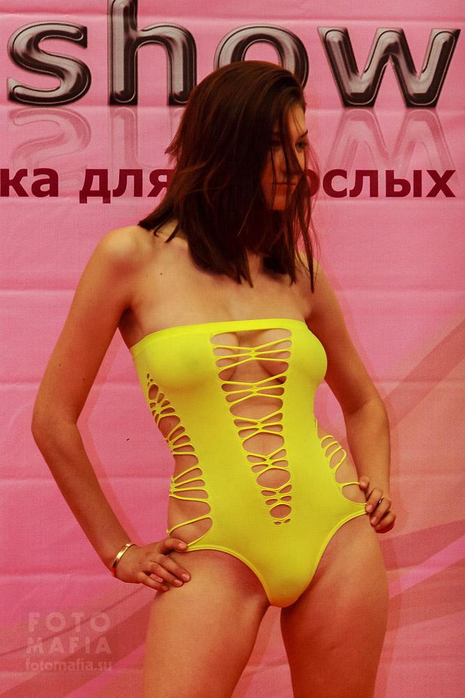 X'show 2013 - показ эротического белья