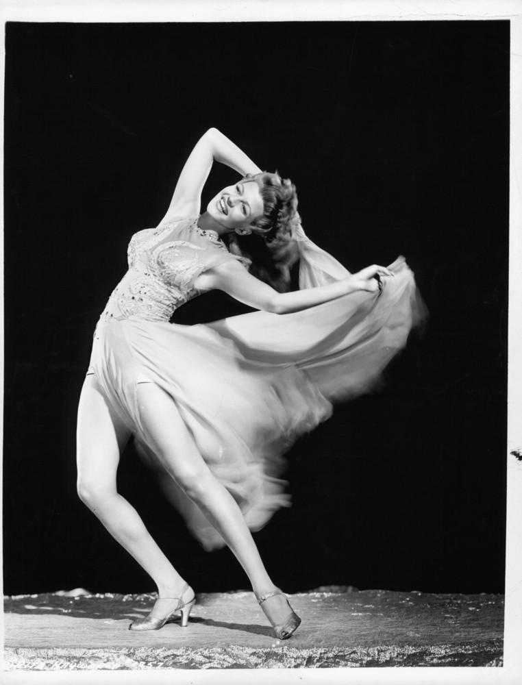 Рита Хейворт, 1940